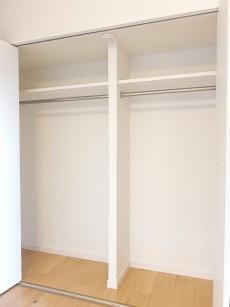 アイタウン・レピア 8.6帖洋室クローゼット