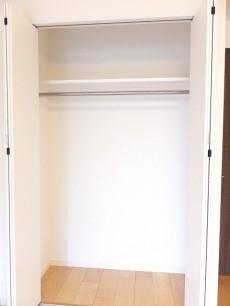 アイタウン・レピア 7.0帖洋室クローゼット