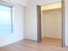 成城マンション 洋室収納