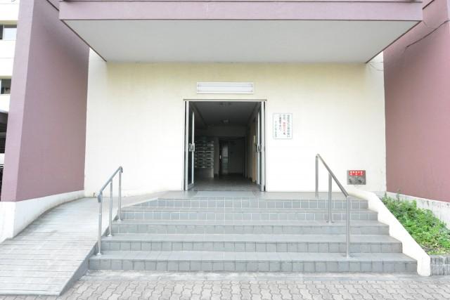 ガーデン堀ノ内住宅 エントランス