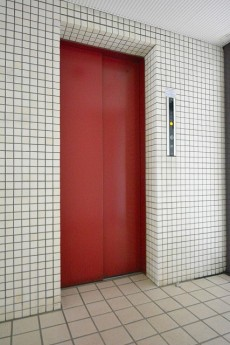 サンライン南青山ハイツ エレベーター