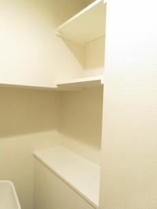 マンション市谷台 トイレ収納
