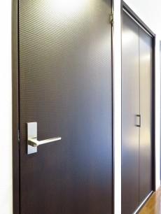 アルシオン芝浦 廊下側扉