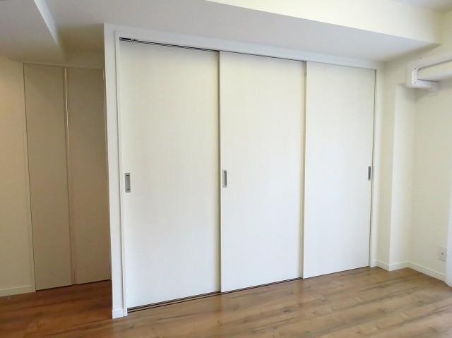 ルナパーク三軒茶屋 可動式扉