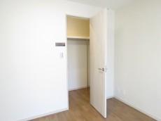 六義園サマリヤマンション 洋室約6.6帖