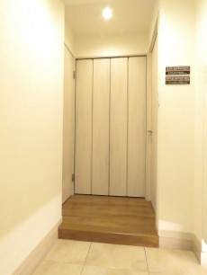 六義園サマリヤマンション 廊下