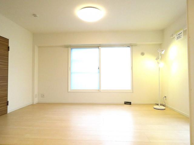 レインボー目白 洋室約6.5帖