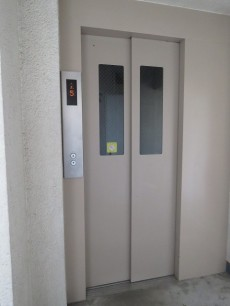 クレール池袋 エレベーター