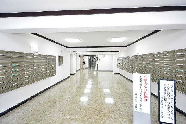 秀和高円寺レジデンス エントランスホール