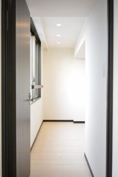 インペリアル赤坂フォラム 7.6帖洋室ドア