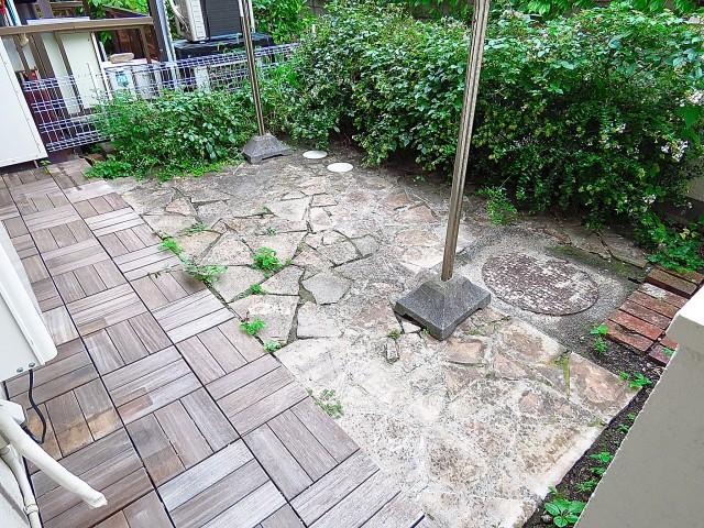 ライオンズマンション桜新町 専用庭