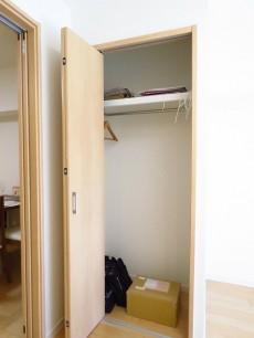 学芸大ハイツ 洋室約5.5帖クローゼット