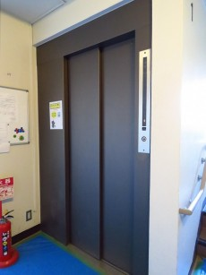 学芸大ハイツ エレベーター
