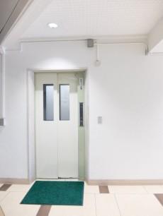 ウエスト経堂マンション エレベーター