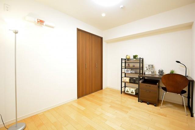 アルテール新宿 4.8帖洋室