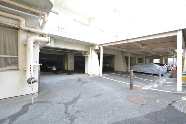 目黒グリーンコープ 駐車場