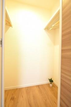 朝日目白台マンション 6.0帖洋室のWIC
