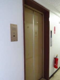 ニューハイツ青山 エレベーター
