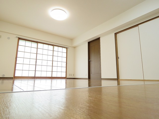 日商岩井大岡山第2マンション LDK