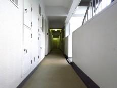 シャトー赤坂 共用廊下