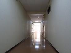 ライオンズマンション神楽坂第3 共用廊下