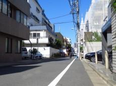 秀和第二神宮レジデンス 前面道路
