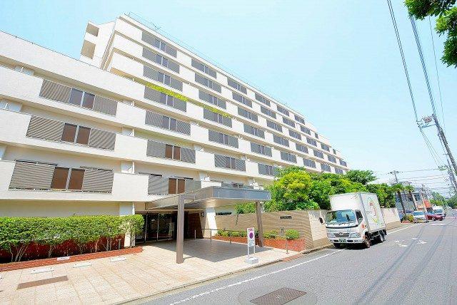 日商岩井豪徳寺マンション (69) 外観