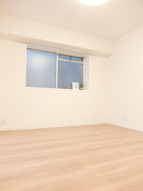 経堂ヒミコマンション 洋室