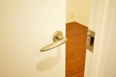 代官山エーデルハイム 4.5帖洋室ドア