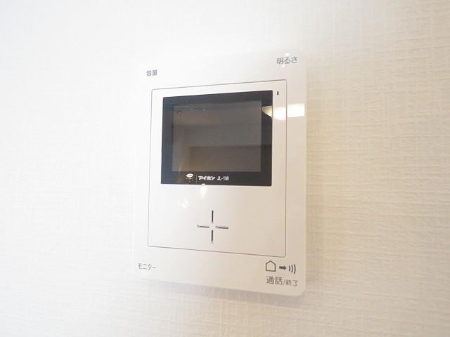 ニューウェルハイツ第1自由ヶ丘 TVモニター付きインターホン