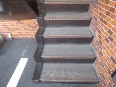 ニューウェルハイツ第1自由ヶ丘 共用階段