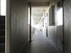 越前堀永谷マンション 共用廊下