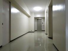 小石川ハウス 共用廊下