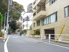 秀和桜丘レジデンス 前面道路