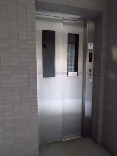 藤和三軒茶屋ホームズ エレベーター