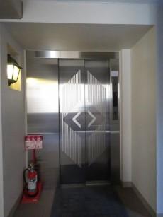 朝日ラ・パリオ四谷 エレベーター