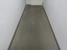 宏和マンション池袋 共用廊下