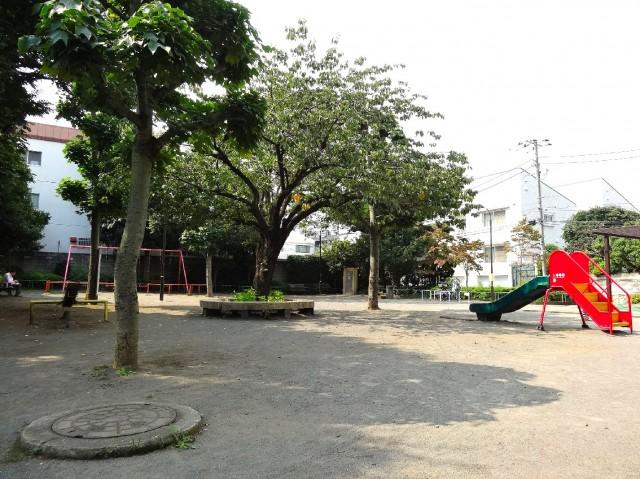 コスモ中目黒 公園