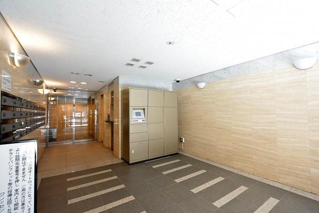 クレッセント目黒Ⅱ エントランス