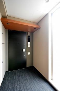 オープンレジデンシア南青山 玄関ドア