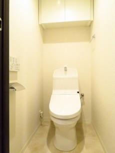 コスモ中目黒 トイレ収納