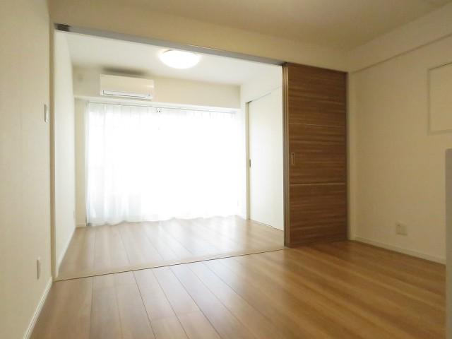 ヴェラハイツ新宿 DK+洋室