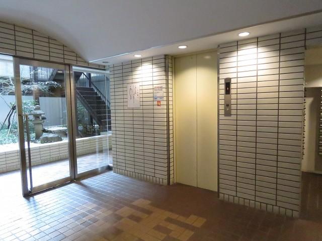 クラウン築地 エレベーター