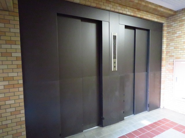 朝日広尾マンション エレベーター