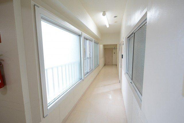 ライオンズマンション南平台 内廊下