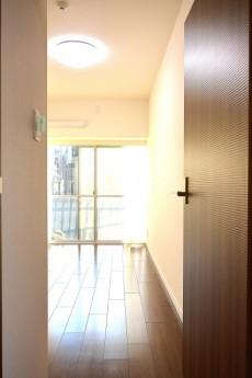 秀和六本木レジデンス 5.7帖洋室ドア