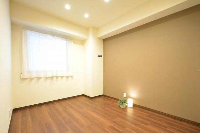 リシェ広尾 5.3帖サービスルーム