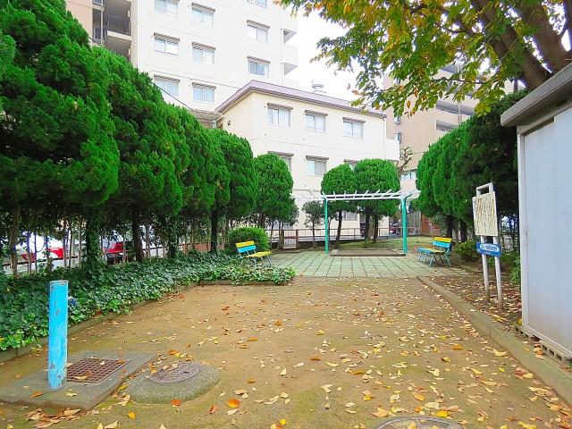 日商岩井第1玉川台マンション 隣の公園