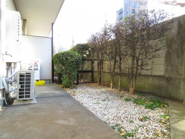 日商岩井第1玉川台マンション 専用庭