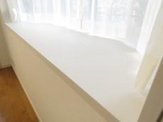 インペリアル八雲ハイム 洋室約6.5帖出窓